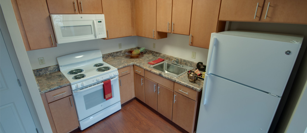 Memorial Apartments Fully-equipped Kitchen