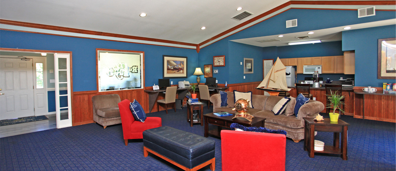 ... Spinnaker Clubhouse ...