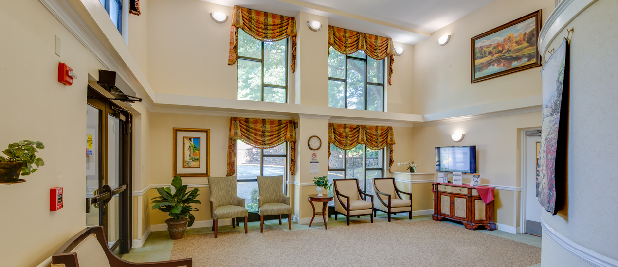 Victory-Forest-lobby-area-seating