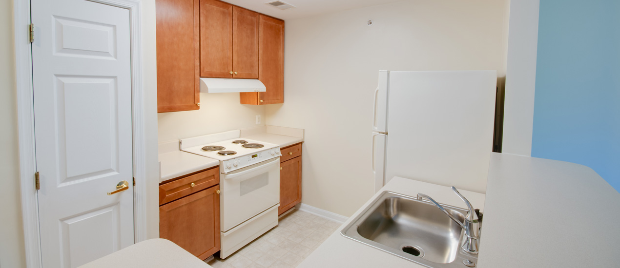 Victory Terrace Senior Apartments Kitchen with Breakfast Bar