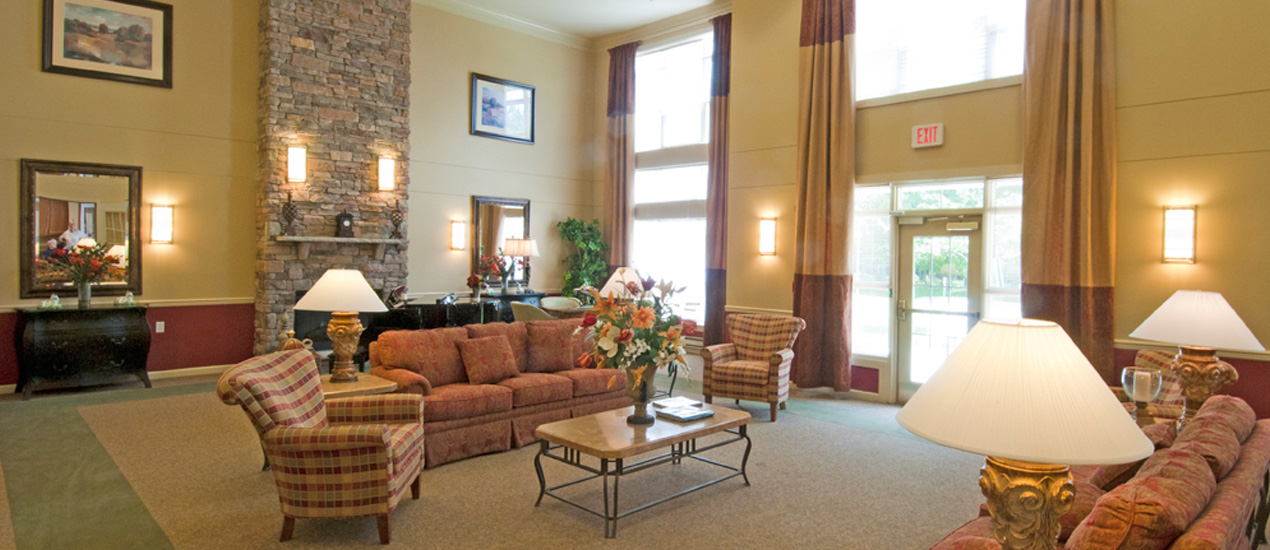 Resident Lounge at Willow Manor at Clopper's Mill