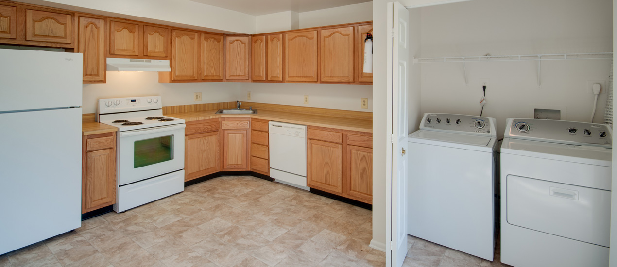 Falcon Crest Kitchen with Washer and Dryer