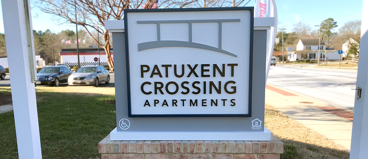 Patuxent Crossing signage