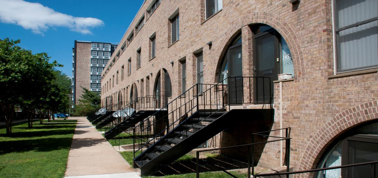 Channel Square Exterior Townhomes